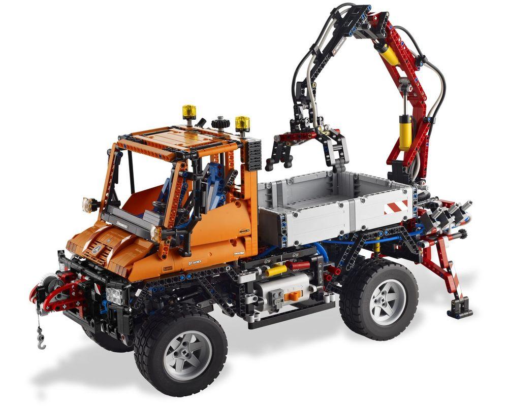 LEGO Set 8110-1 Unimog U400 (LEGO - Model)