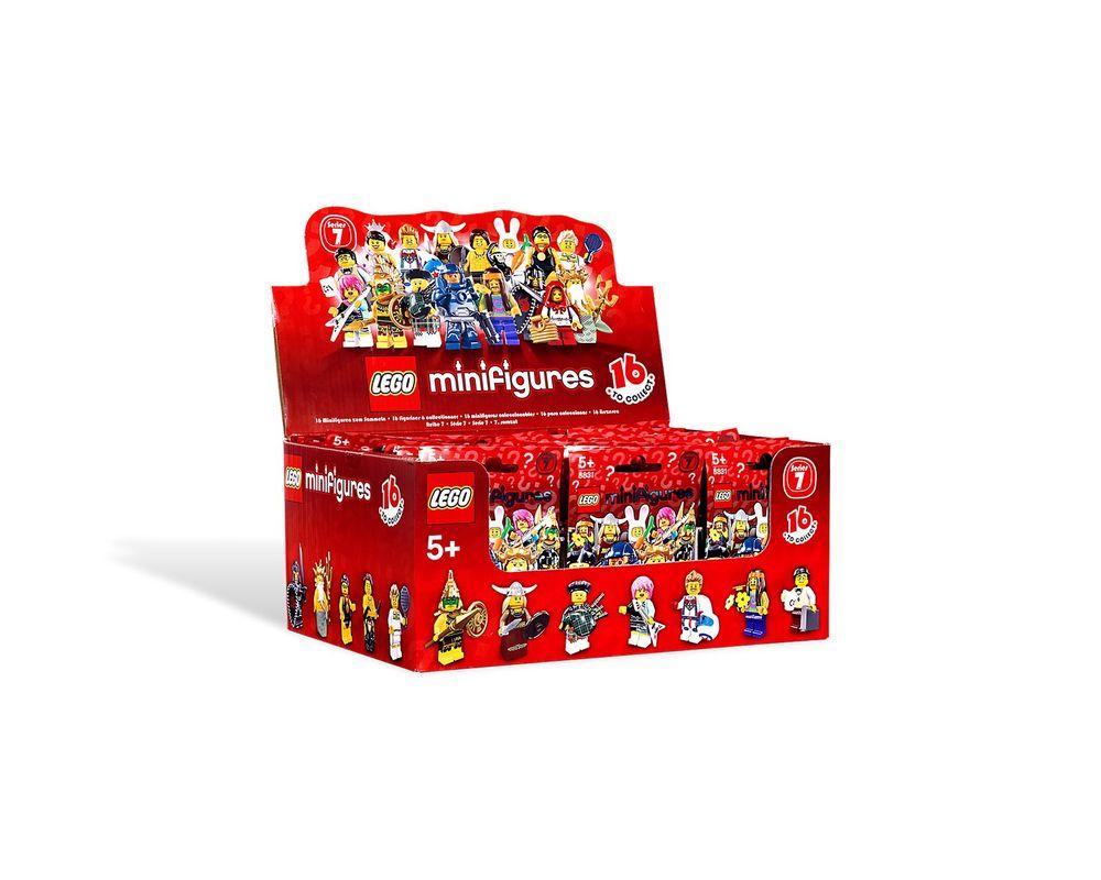 LEGO Set 8831-6 Bagpiper - Complete Set